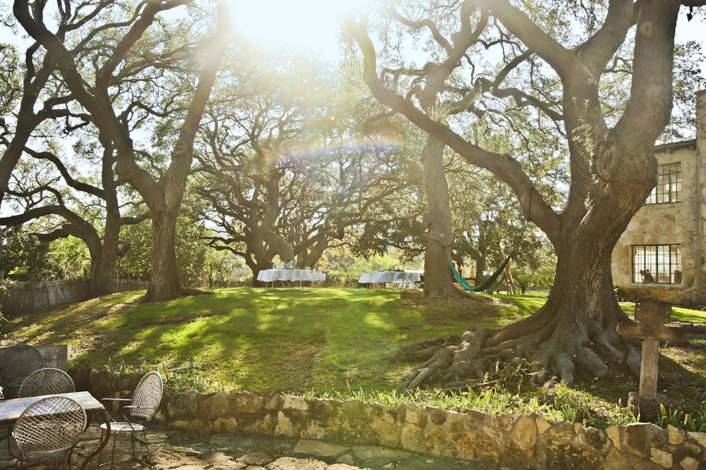 Looking for the Best Rustic Wedding Venue in San Antonio? Host at the Gallagher